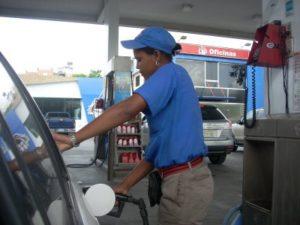 Combustibles suben hasta RD$8.20 por galón; Gas Natural sigue sin variación